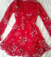 Csodaszép virágos fodros ruhácska