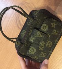 Louis Vuitton mini pénztárcatáska