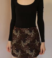 Zara Trafaluc rövid virágos szoknya