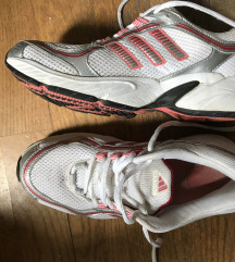 Adidas sportcipő, futócipő (eredeti!)