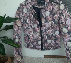 Rózsás tavaszi átmeneti kabát