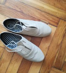 sosem hordott, 38-as cipő