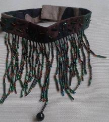 Terepmintás egyedi nyakpánt gyöngyökkel