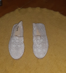 Fehér csipkecipő eladó