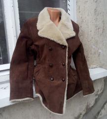 Barna bundás hasított bôr kabát M