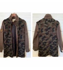 ZARA terepmintás szőrös kabát (XS-S)