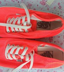 Vans cipő 38-39es méret NINCS PK