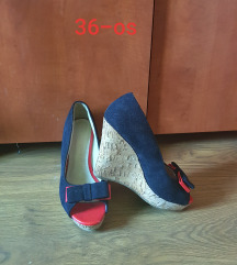 Telitalpú nyári cipő