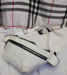 Öv táska