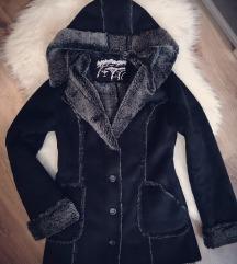 Velúr bundás kabát