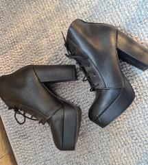 H&M fűzős fekete platform bakancs