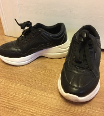 Fekete platform tornacipő 36/37