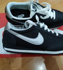 Vadi új Nike sneakers cipő/INGYEN MPL/