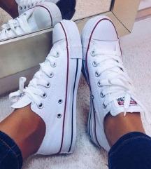 37.5 EREDETI fehér Converse
