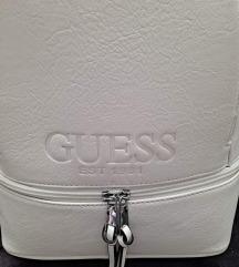 Guess háti táska