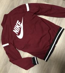 Nike dzseki