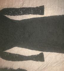La pierre teljesen kivágott hátú csipke ruha