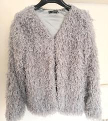 Szürke vékony szőrme szerű kabát