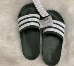 Adidas papucs 38