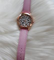 Ocelotmintás rózsaszín karóra