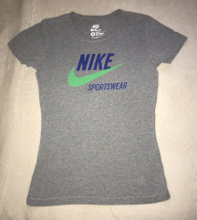 Nike egyszerű felső