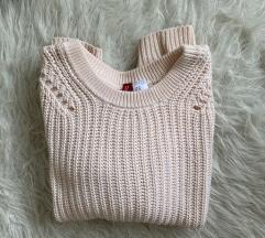 Púderszínű kötött pulcsi