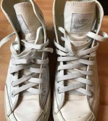 Nike fehér magasszárú tornacipő