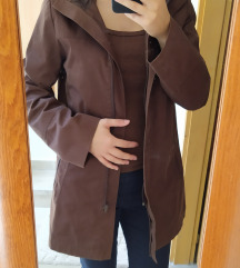Barna átmeneti kabát