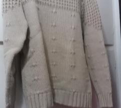Vajszínű kötött pulcsi