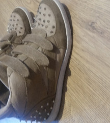 Brehska cipő