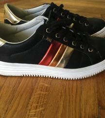 Xti noi sneakers 39-es elado