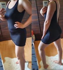 Mélykivágású ruha