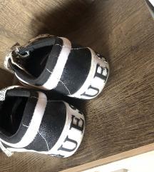 Eredeti Guess cipő