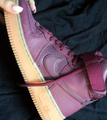 Padlizsán színű Nike air force😍