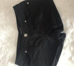 Fekete rövidnadrág