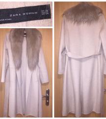 Eredeti ZARA női szőrmés öves télikabát (XS)