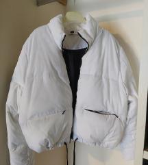 Fehér téli pufferkabát