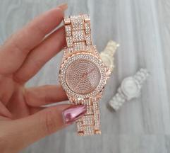 Rosegold kristályos, új, fóliás óra