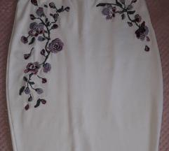 Fehér, virág mintás szoknya