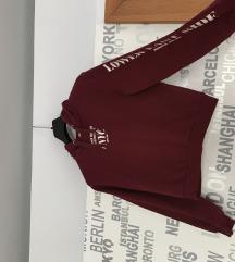 Menő bordó pulcsi