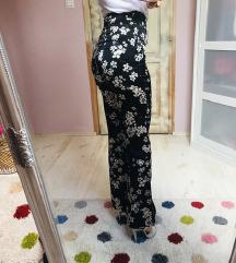 BOOHOO Floral magasderekú szatén nadrág