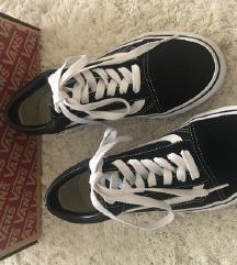 Teljesen új Vans cipő