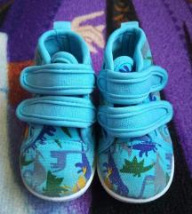 Cuki 20-as cipőcske