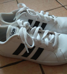 Fehér Adidas