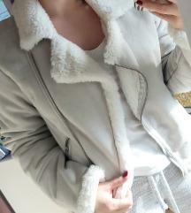 C&A meleg dzseki