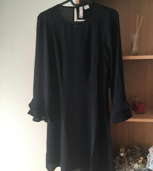 H&M-es fodros ujjú fekete ruha