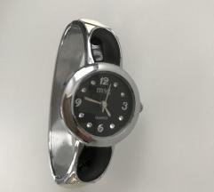 Fekete-fehér női óra