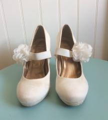 Menyasszonyi cipő, keringő cipő, szalagavatóra