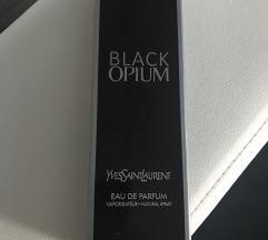 Új Yves Saint Laurent Black Opium parfüm (20 ml)