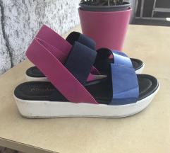 Platformos cipő